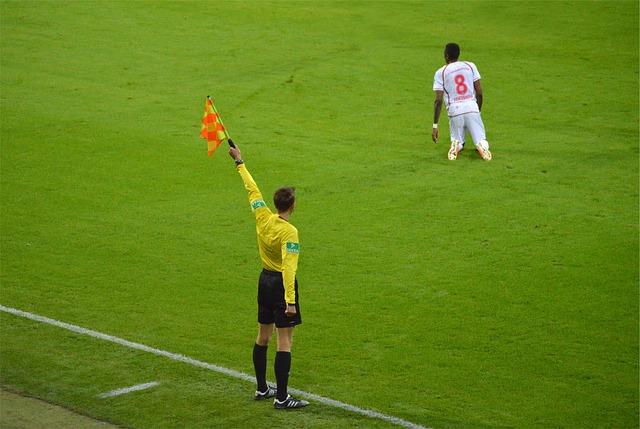 Les plus récentes avancées de l'arbitrage footballistique.